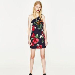 Zara PRINTED DRESS WITH ASYMMETRIC HEM-2313/451-XS